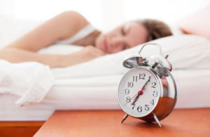 sleep_alarm_clock_caucasian_woman (1)